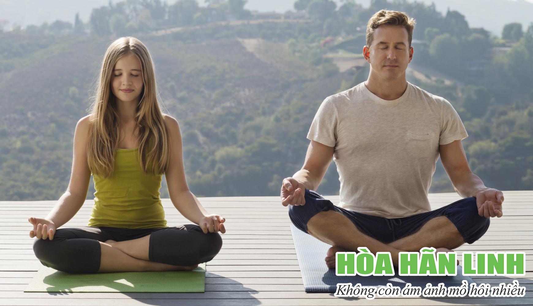 Người bị đổ mồ hôi nhiều nên tập Yoga